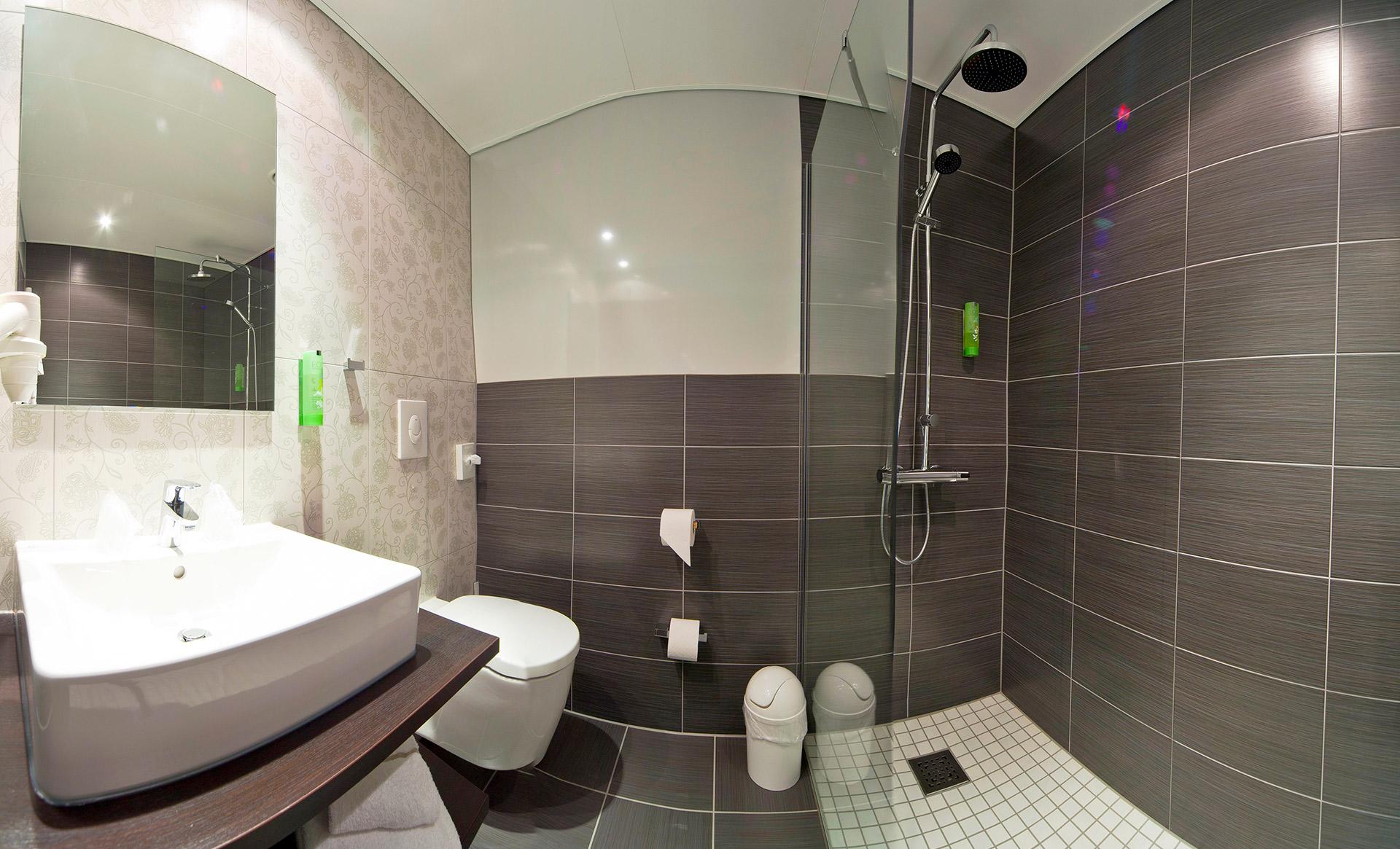 KEDI Hotel Badezimmer1