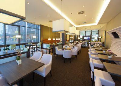 KEDI Hotel Fruehstuecksraum2