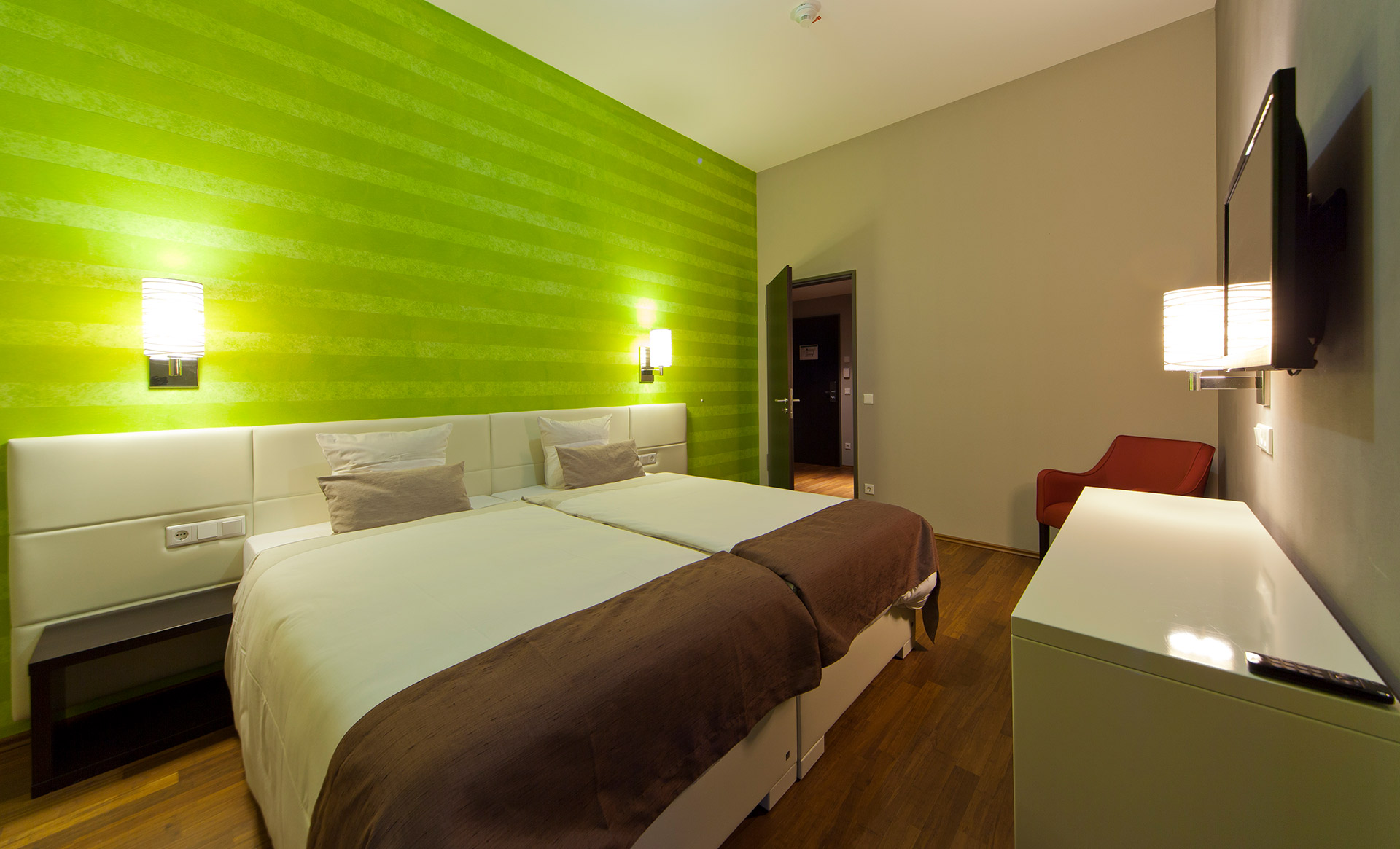 KEDI Hotel Zimmer2